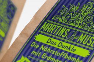 Das Dunkle: Bio-Erdmandel-Müsli mit Kakao-Geschmack